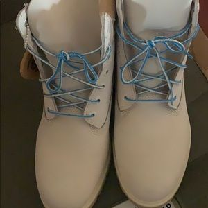 NEW original TIMBERLAND 6inch mens boots size 9.5